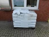 Für den normalen Bedarf: Pflanzerde in 40-Liter-Säcken.