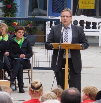 Eggermühlen habe viele Superlative zu bieten, sagte Samtgemeindebürgermeister Dr. Horst Baier. Einer davon: die schönste KiTa der Samtgemeinde zu haben.