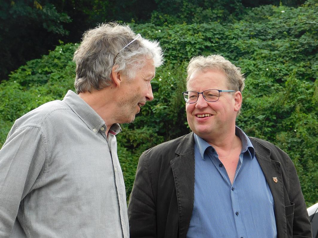 Mit von der Partie waren beim Minister-Besuch auch Ankums Bürgermeister Detert Brummer-Bange (rechts) und Günther Voskamp, Bürgermeister von Gehrde.