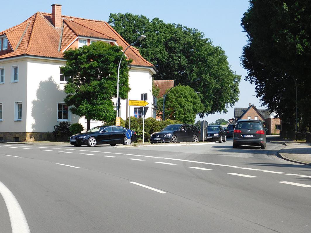 Die Anlieger-Initiative möchte die Alfhausener Straße im Ortsbereich entlasten.
