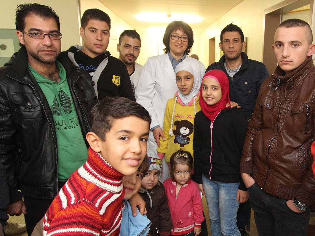 Jeden Tag kommen rund 50 Flüchtlinge zum Röntgen der Lunge in die Niels-Stensen-Kliniken Bramsche. © Foto: Daniel Meier