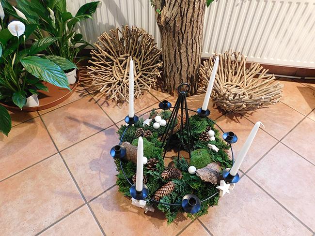 Die ersten Kränze aus der Kreativ-Werkstatt Ranke Blumen und mehr.