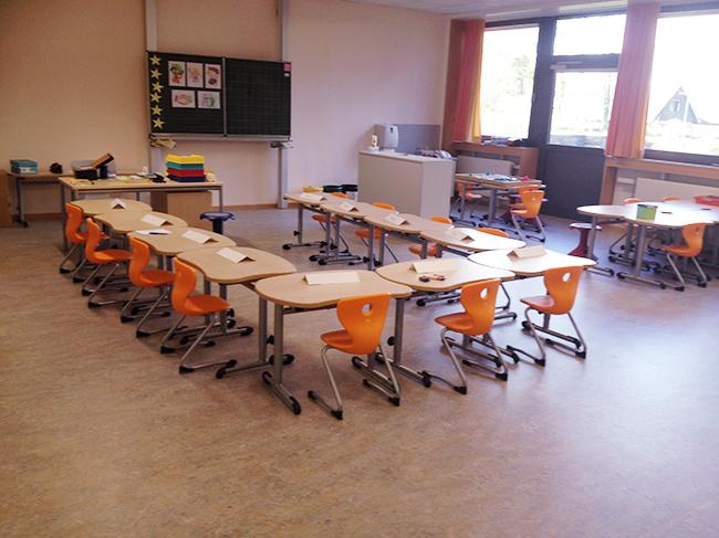 Viel Platz im Klassenraum – und noch mehr Platz, denn es gibt, je nach Jahrgang, ein weiteres Raumangebot. Foto Samtgemeinde.