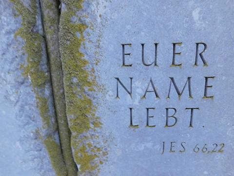 Auch die Namen der Bersenbrücker Adolf und Paula Wexseler leben.