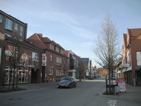 Eine der beiden Einkaufsstraßen in Bersenbrück: Die Bramscher Straße.