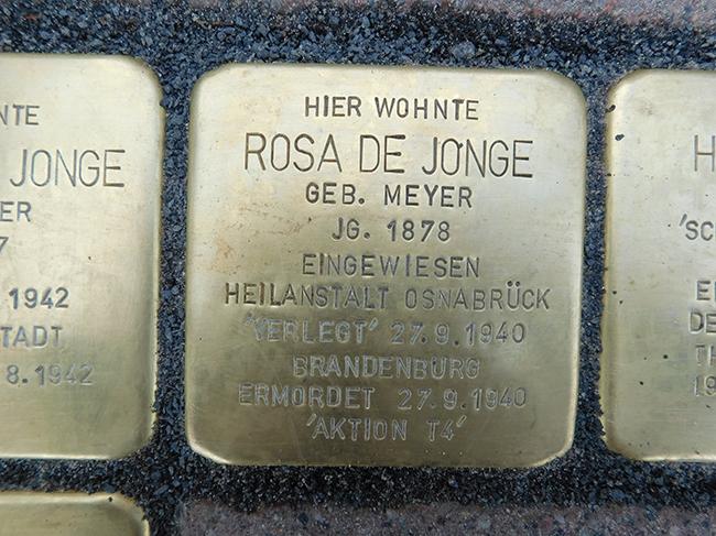 11-Stolpersteine-Rosa