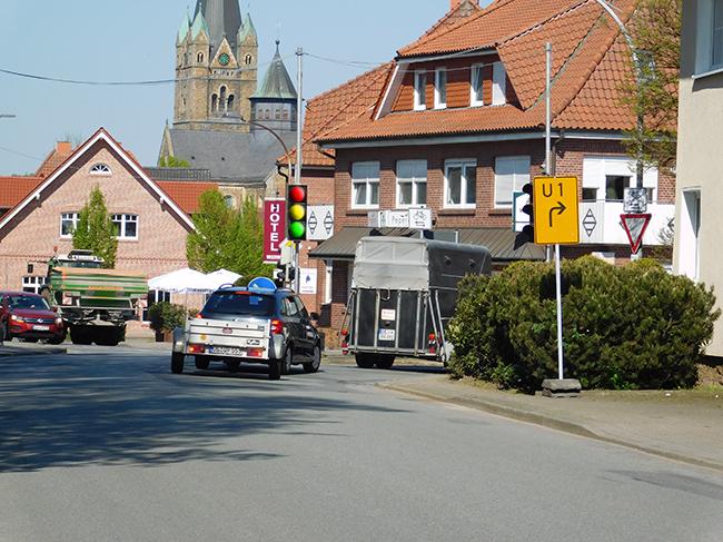 Es ist damit zu rechnen, dass es in der Alfhausener Straße, wo die Ampel ab Montag in Betrieb ist, zu einem erhöhten Verkehrsaufkommen kommt.