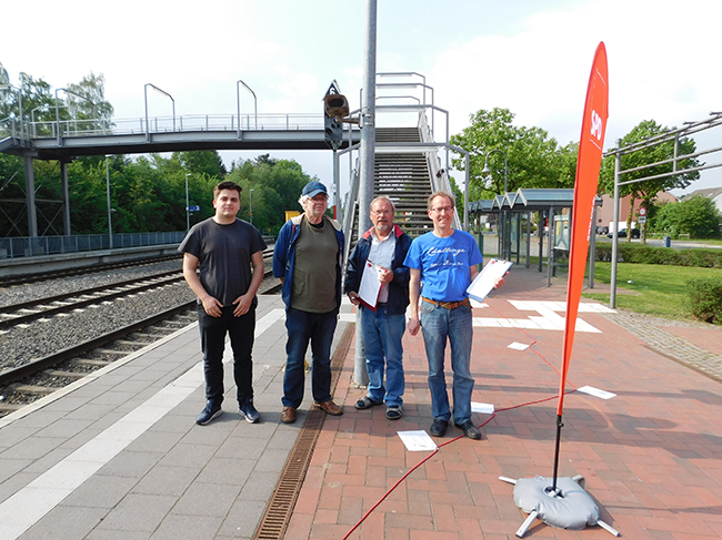 Diese vier waren für die SPD beim Sammeln von Unterschriften dabei (von links): Besian Krasniq, Kurt Specker, Manfred Krusche und Widu Höckelmann.