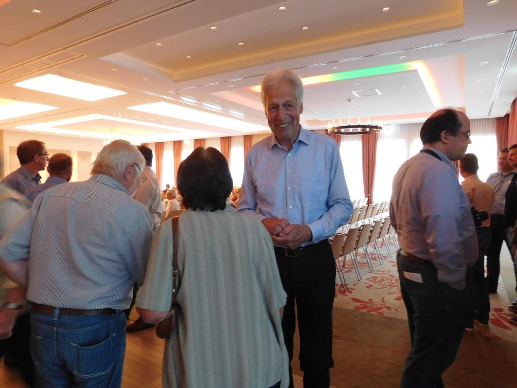 Das Interesse am prominenten Gast war groß. Er wurde schon vor der Veranstaltung auf Schritt und Tritt angesprochen und er hatte seine Freude daran.