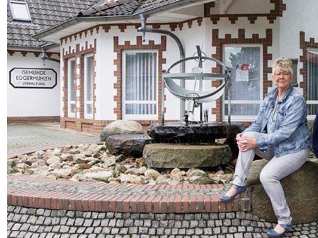 In Eggermühlen zieht mit Ruth Gerdes, die als Parteilose auf der Liste der SPD kandidierte, eine weitere Frau in den Rat ein. Damit sind es dann 3 Frauen bei 11 Ratsmitgliedern.