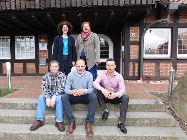 Die Kandidaten der SPD. Obere Reihe (von links): Edith Kormann und Ewa Matecki. Untere Reihe (von links): Klaus Hoffmeyer, Siegfried Hüls und Dr. Zeljko Dragic.