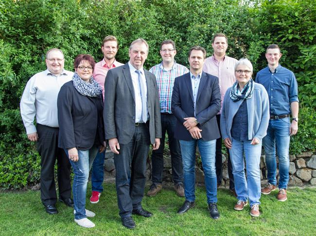 Die Kandidaten der SPD (von links): v.l.: Carsten Gosmann, Tanja Meyer, Florian Berkemeyer, Werner Lager, Georg Kottmann, Oliver Krause, Patrick Kahle, Renate Giese, Simon Meyer. Foto: SPD.