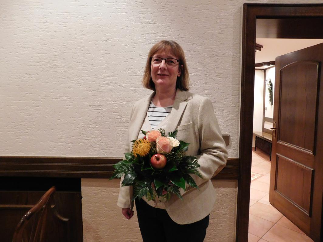 Angnes Droste kann sich mit Fug und Recht über einen gelungenen Start als neue Vorsitzende des Samtgemeinderates freien.