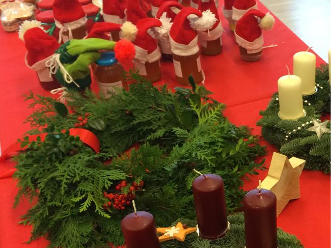 Auch beim diesjährigen Basar wird der Adventsbasar der Augus-Benninghaus-Schule wieder viel Schönes bieten. Hier ein Bild vom letzten Jahr.