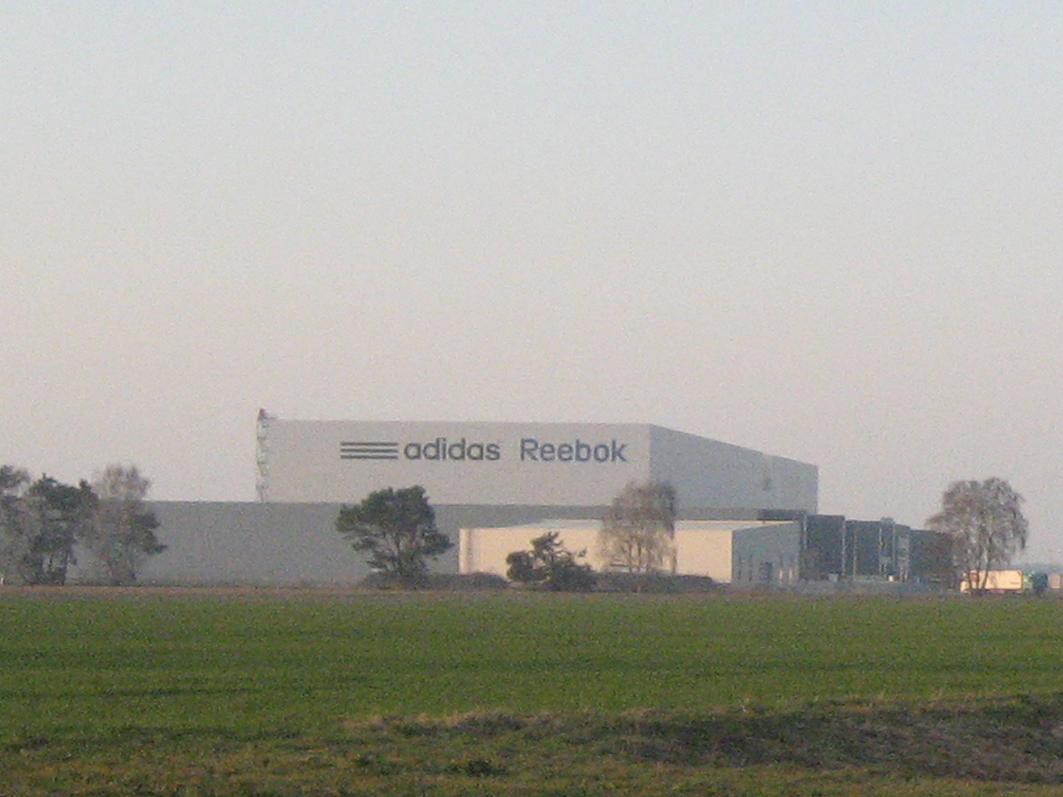 Einst gefeiert: Die Ansiedlung von adidas im Niedersachsenpark in Rieste.