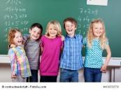 So wie diese Kinder können sich bald auch Ankums Grundschulkinder freuen: über ihre neuen Schulräume am Kattenboll. Foto: © contrastwerkstatt - Fotolia.com
